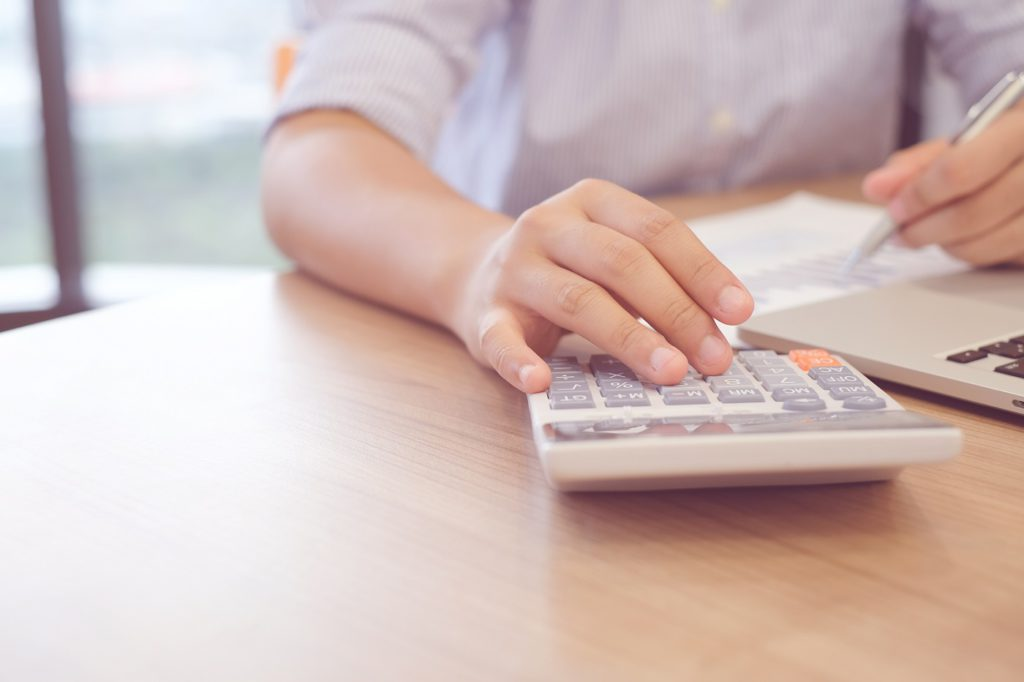 How Are Payroll Outsourcing Charges Calculated