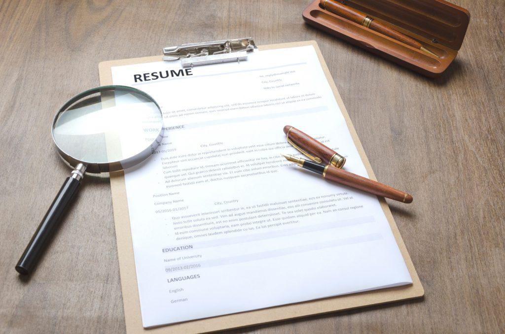 6 Things UAE Recruiters Look For In A Resume