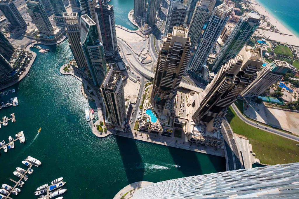 10 Things You Should Know Before Taking Up a Job in the UAE